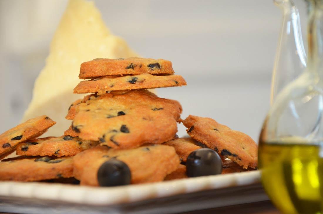 ... / Recettes du Blog / apéritif / Sablés aux olives et au parmesan