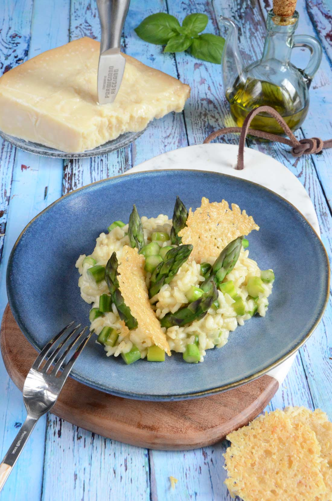 délicieuse recette de risotto aux asperges, tuile au parmesan
