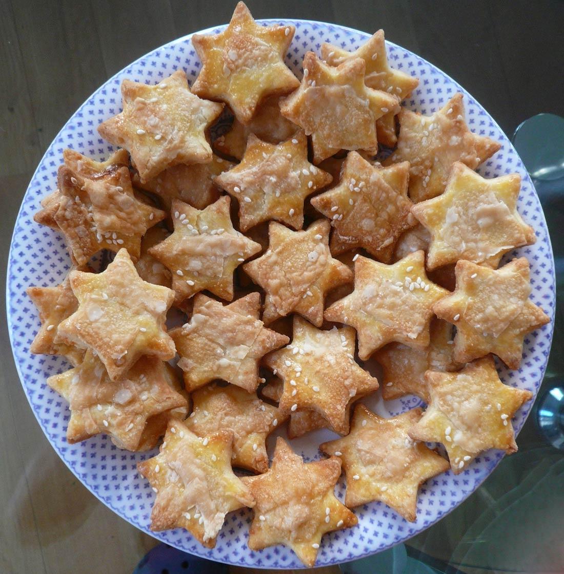 des Étoiles au sésame et au parmesan : une super recette pour l'apéritif