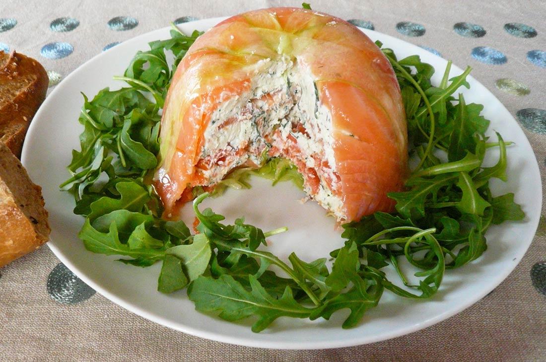 Charlotte concombre chèvre saumon