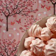 mini meringues girly