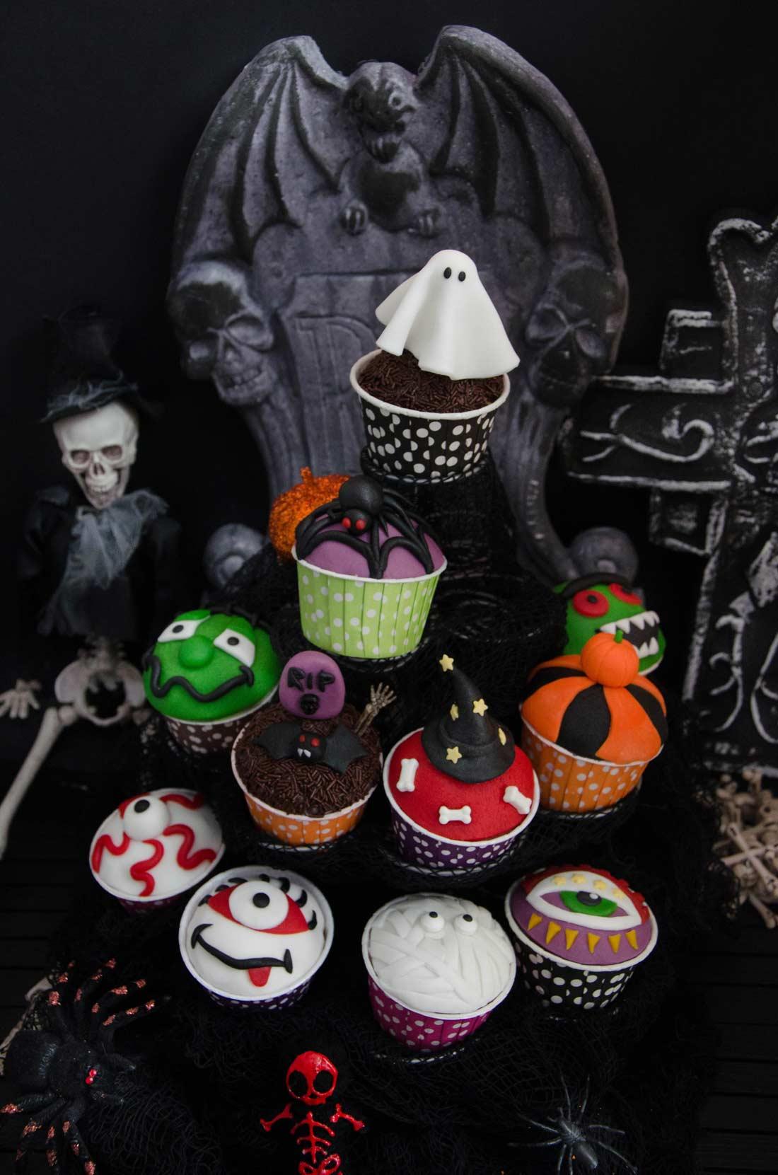 Cupcakes à l'orange décorés pour Halloween