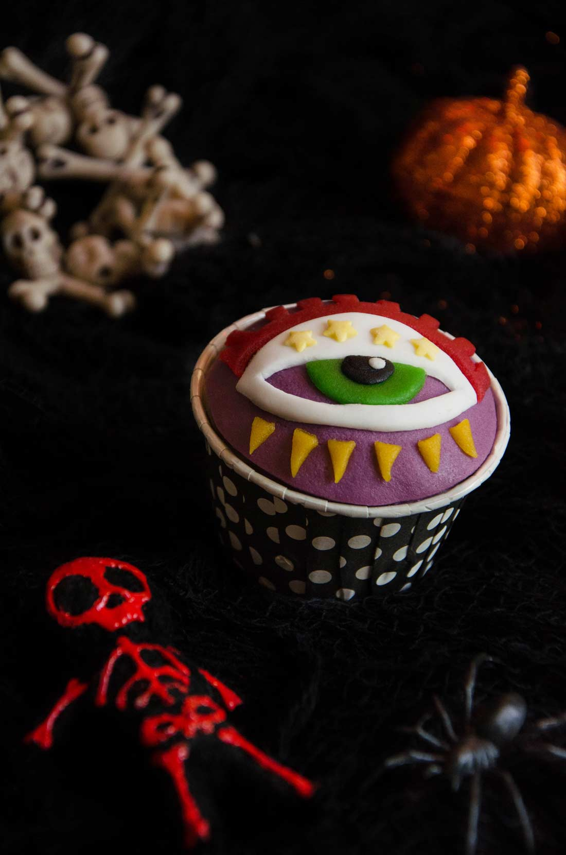 cupcakes Halloween à l'orange oeil divin