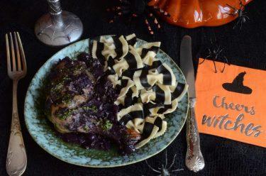 recette salée pour Halloween : Poulet violet à la sauce verte