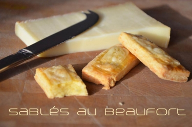 Si vous cherchez de bons biscuits salés pour un apéritif maison, ces sablés au Beaufort sont pour vous