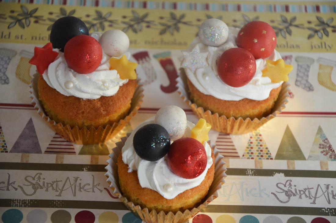 christmas cupcakes : fêtez Noël avec un dessert très original et bien décoré