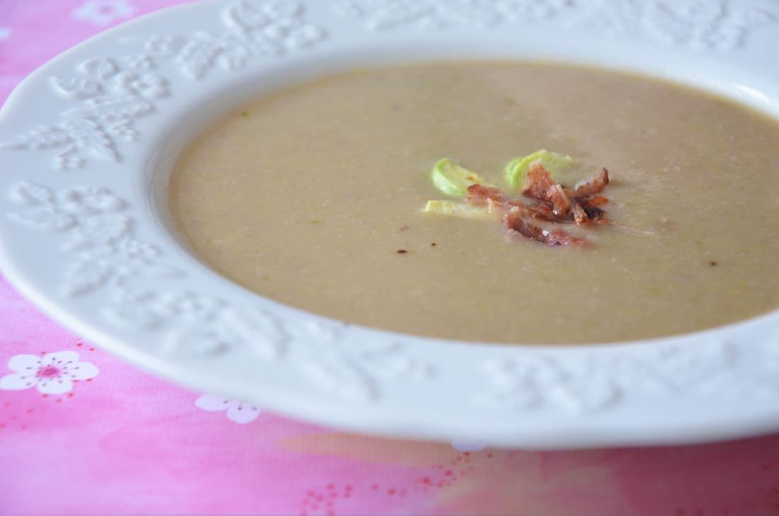 Recette de soupe châtaignes et choux de Bruxelles maison parfaite pour se réchauffer en hiver