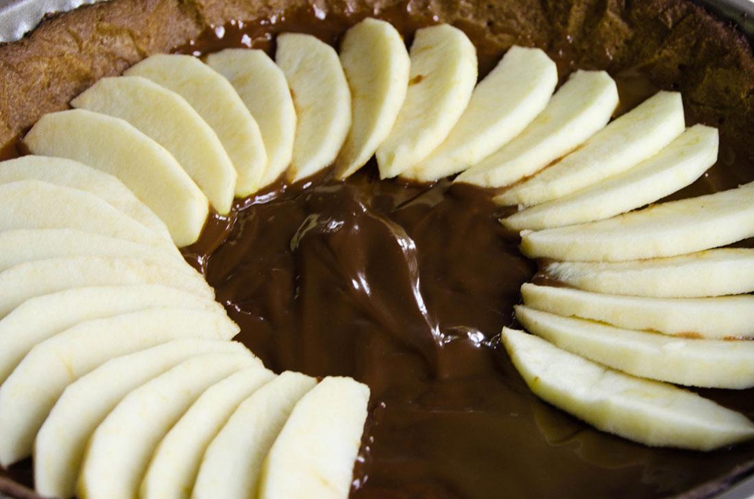 recette de tarte aux pommes et à la confiture de lait