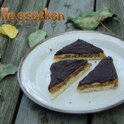 Recette de Nussecken ou traingles aux noix et au chocolat