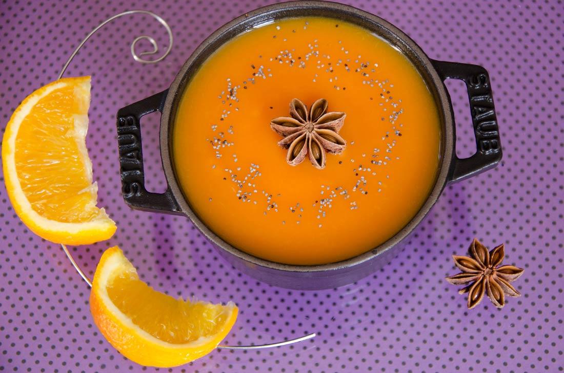 Recette de soupe à la citrouille, à l'orange et à l'anis étoilé pour Halloween