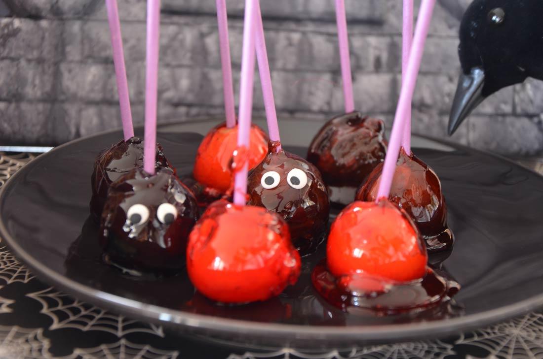Mini pommes d'amour à croquer pour Halloween