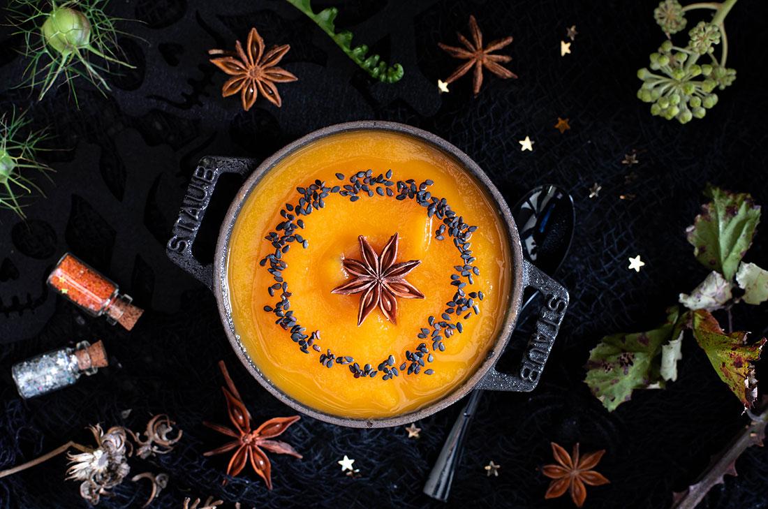 Soupe citrouille orange anis étoilé pour Halloween