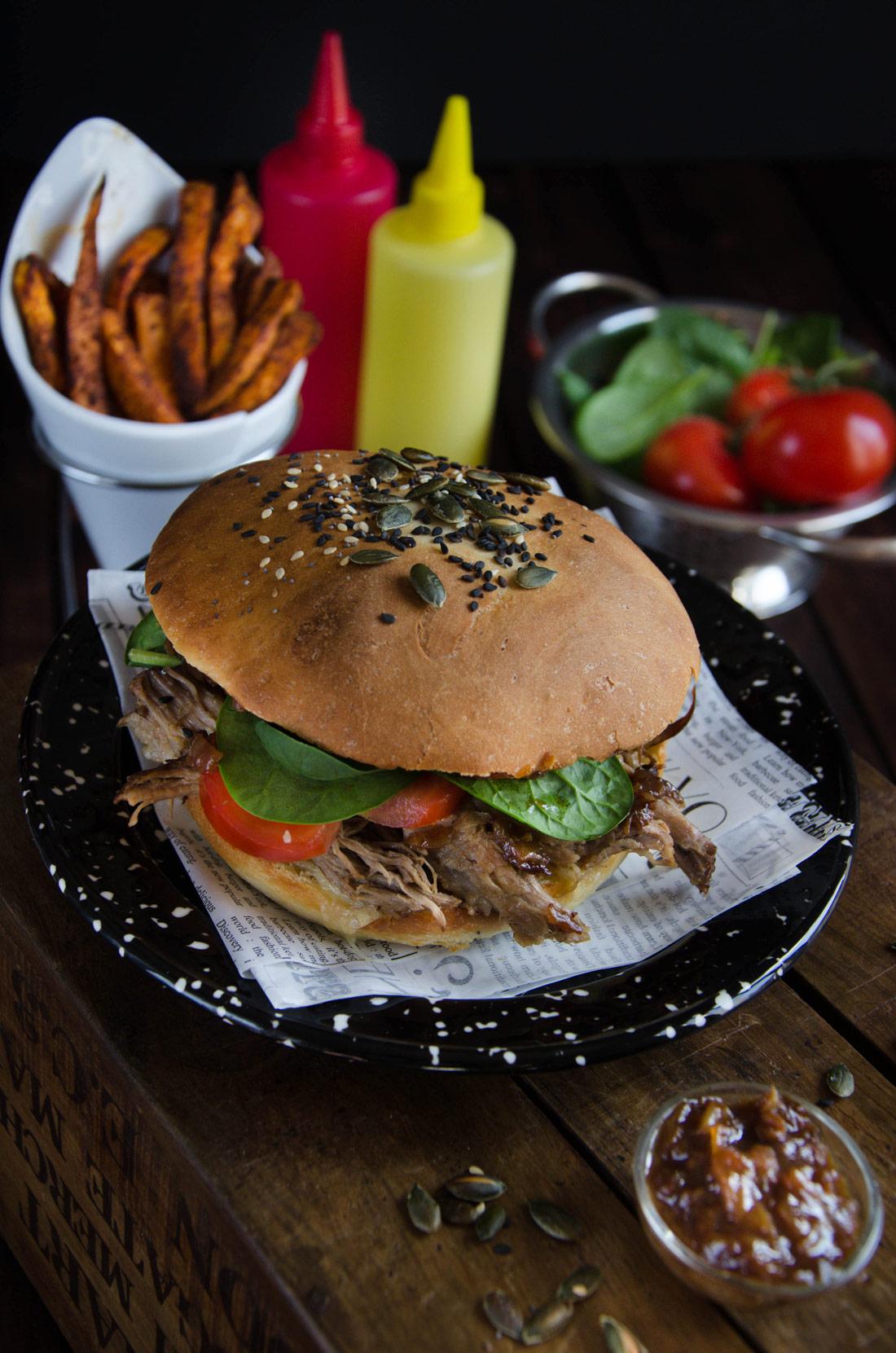 délicieuse recette de burger au porc braisé ou pulled pork