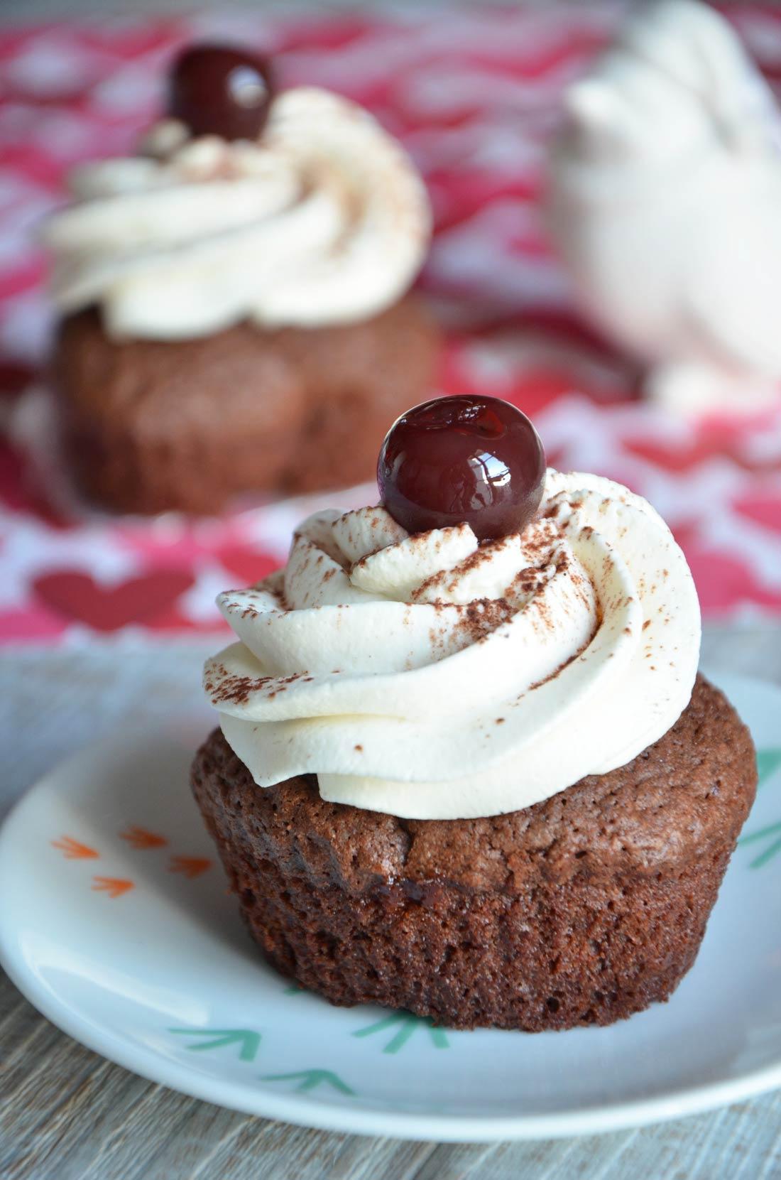 Délicieux Cupcakes Mon chéri parfaits pour la Saint Valentin