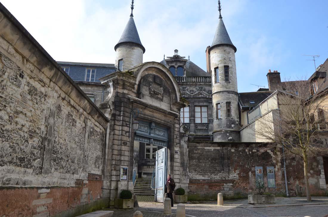 musée de la bonneterie à Troyes