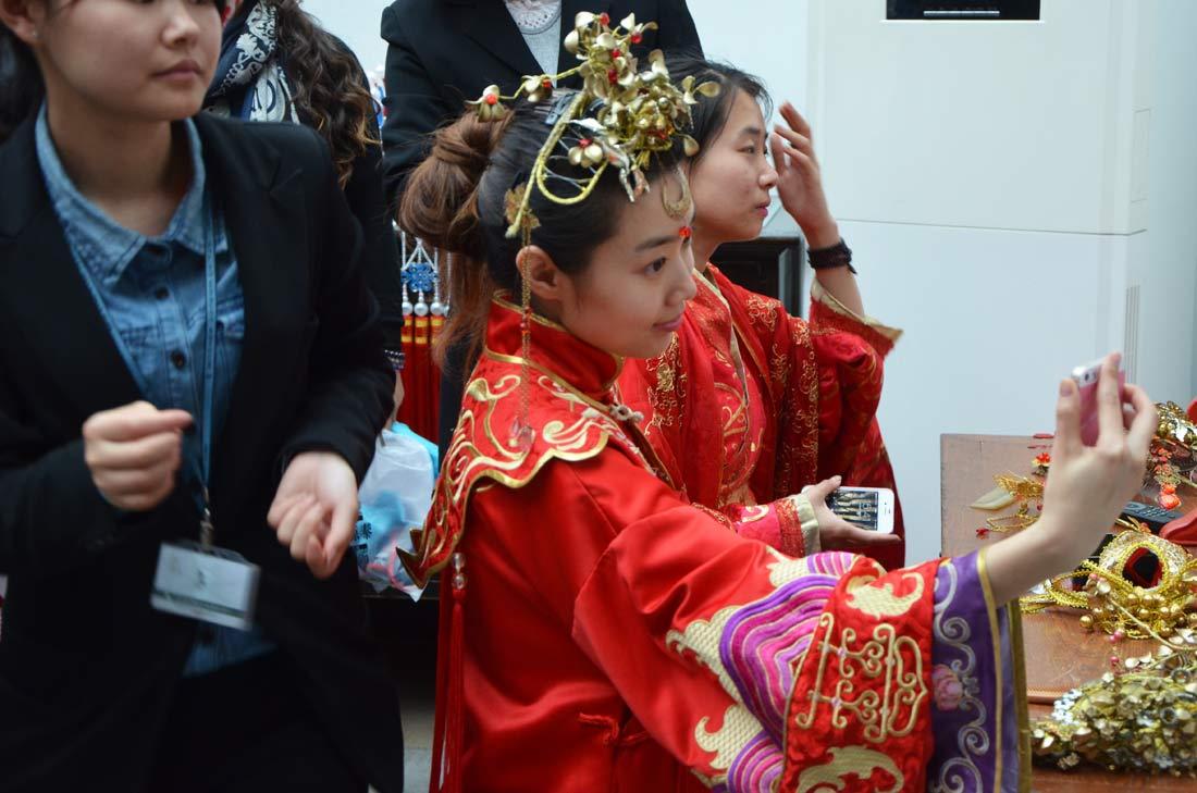 selfie d'une candidate au mariage à Wuzhen