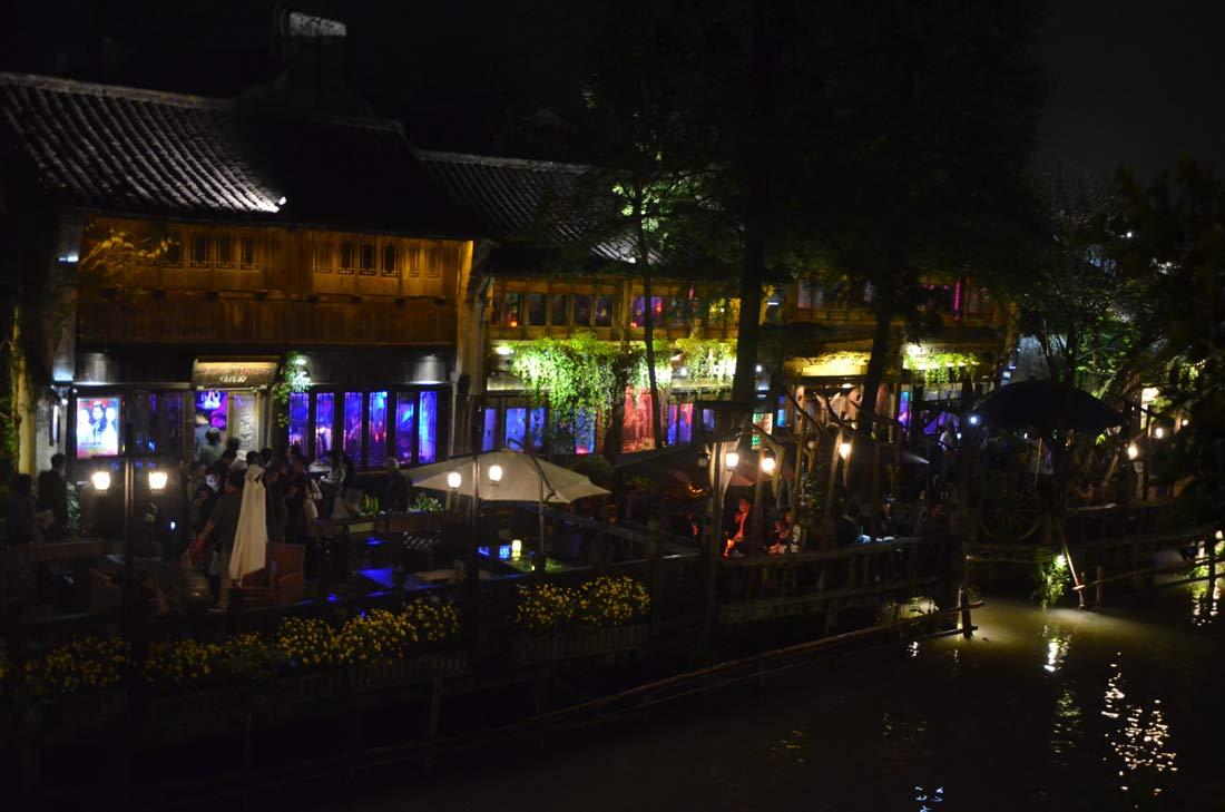 ambiance de nuit à Wuzhen