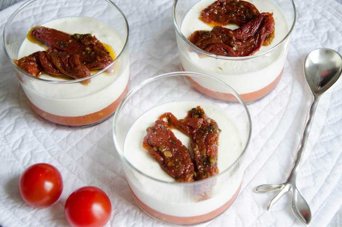 Panna cotta chèvre et tomates confites