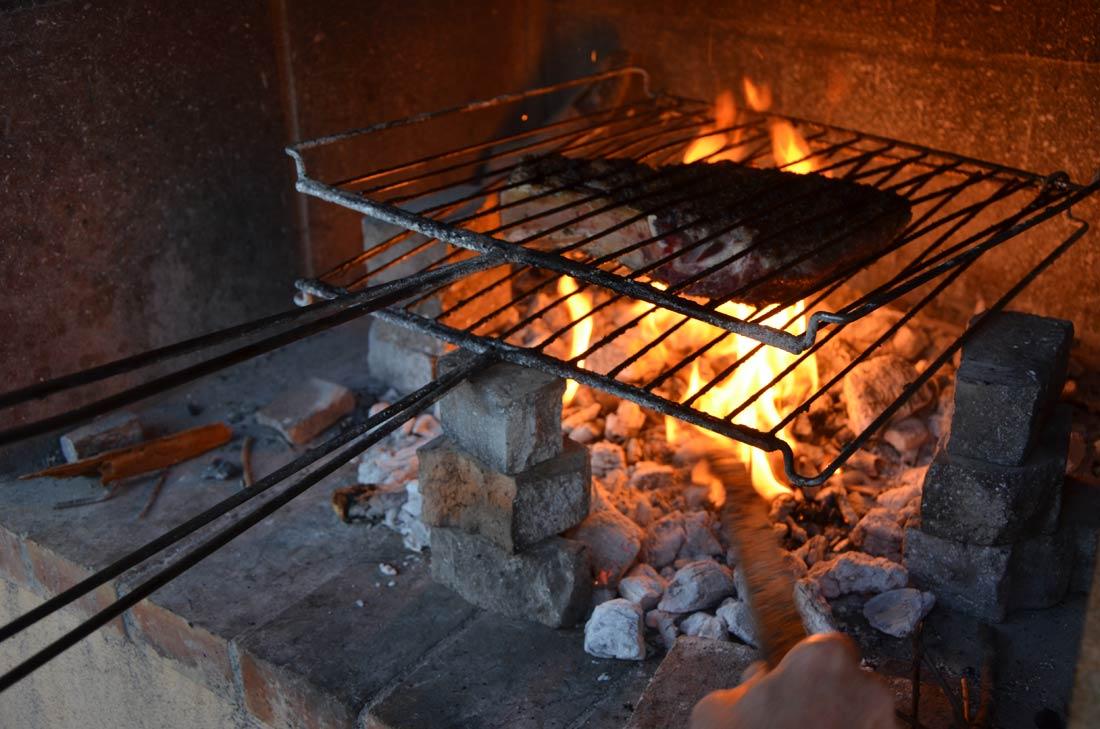 côte de boeuf sur le barbecue