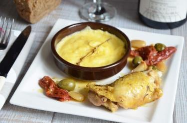 Fricassée de poulet fermier aux olives
