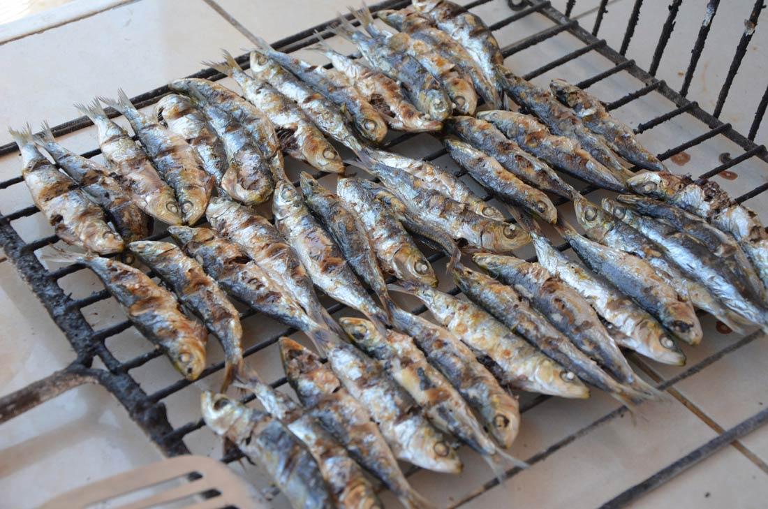 Sardines grill es au bbq turbigo gourmandises - Accompagnement sardines grillees barbecue ...