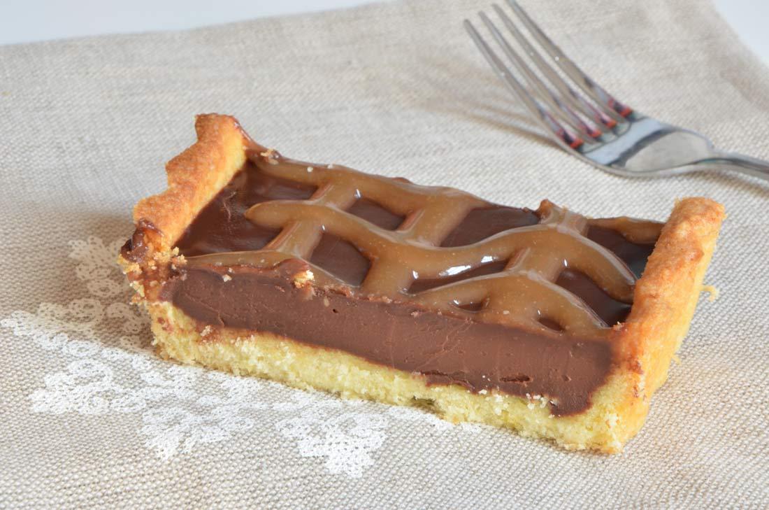 part de tarte chocolat caramel au beurre salé