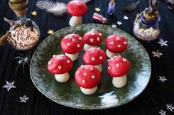 Meringues champignons vénéneux pour Halloween