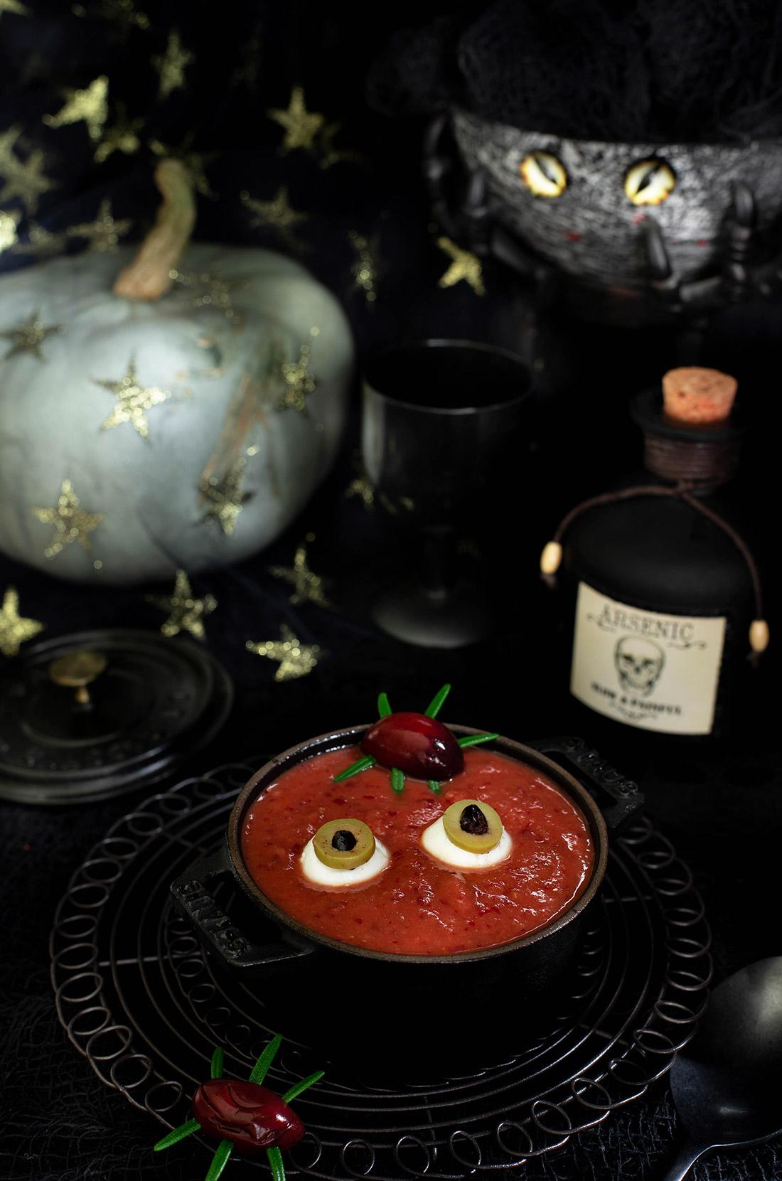 véritable soupe de la sorcière Halloween