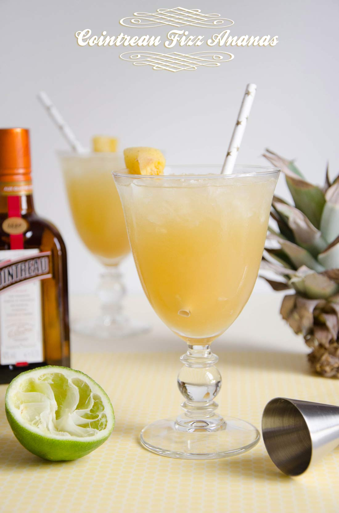 cocktail cointreau fizz ananas