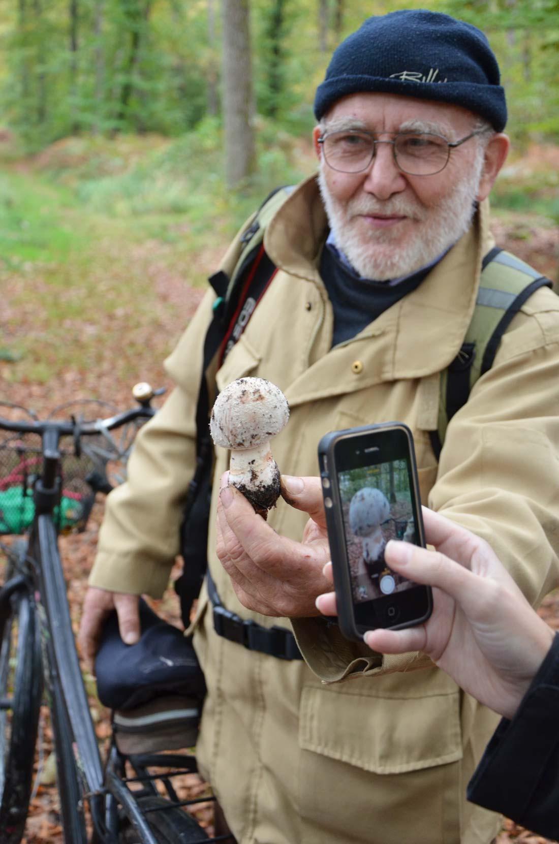 Gérard l'homme qui parlait à l'oreille des champignons