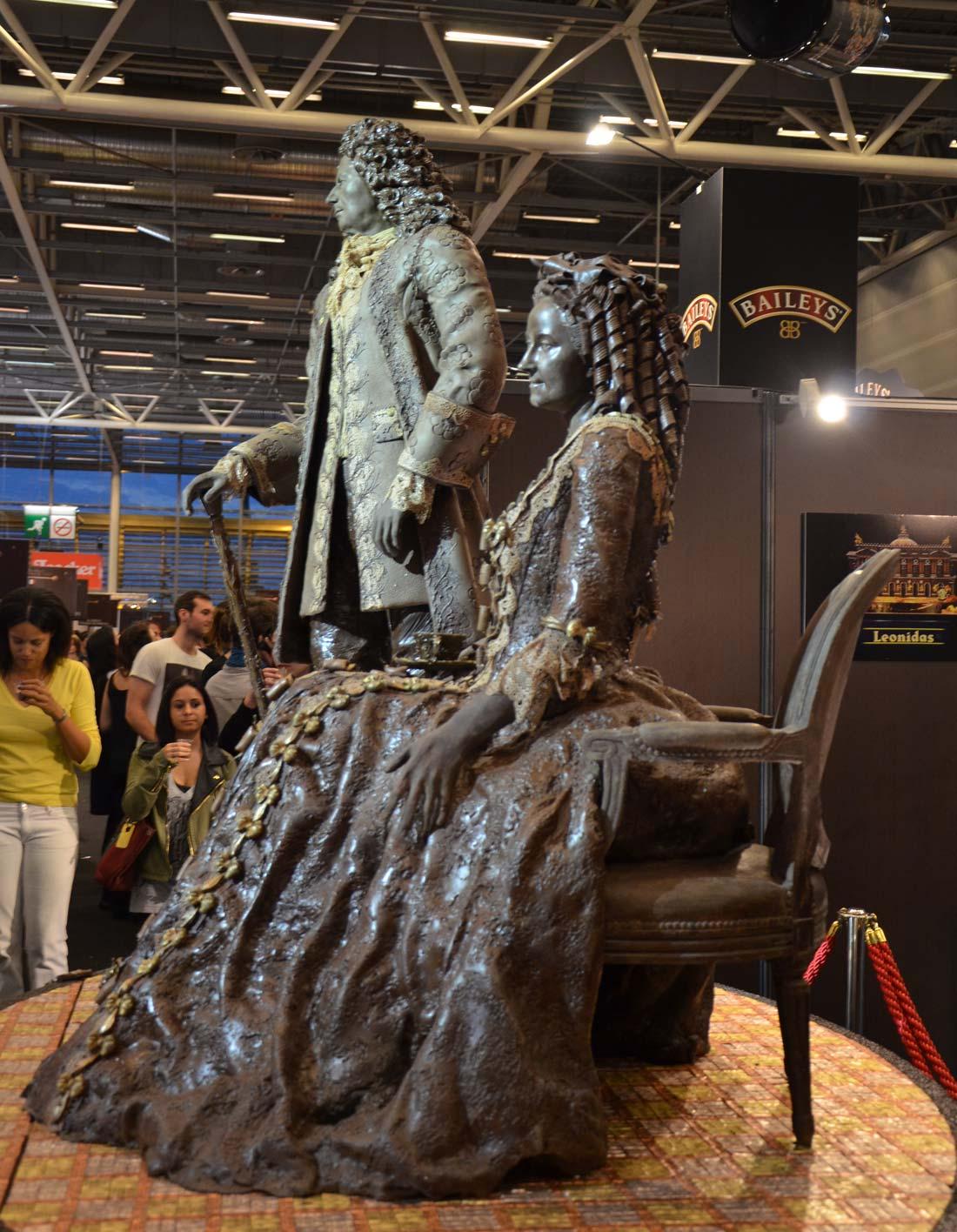 statues en chocolat