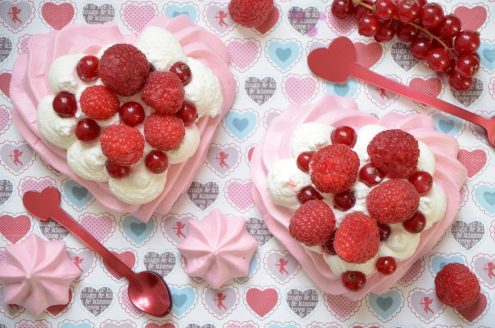 Pavlovas aux fruits rouges pour la Saint Valentin