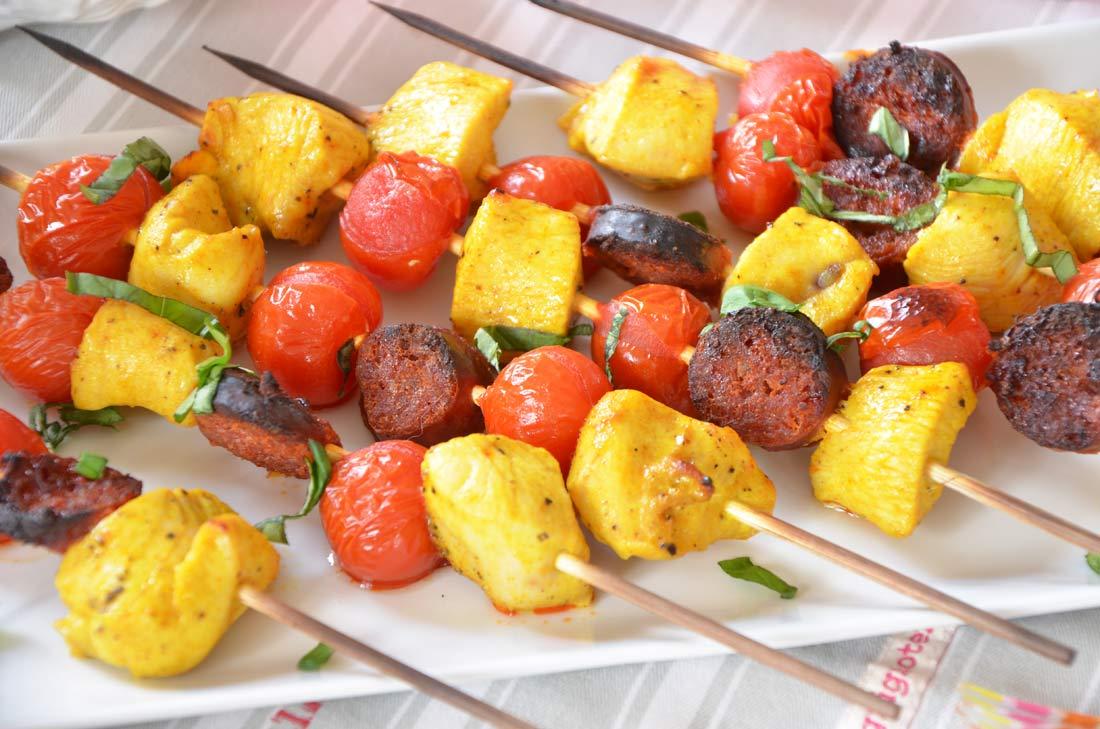 brochettes poulet chorizo et tomates-cerise