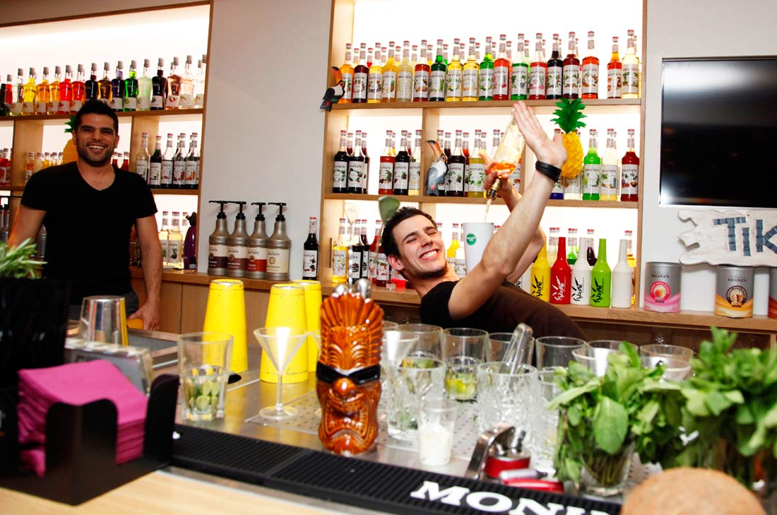 flair bartending Monin