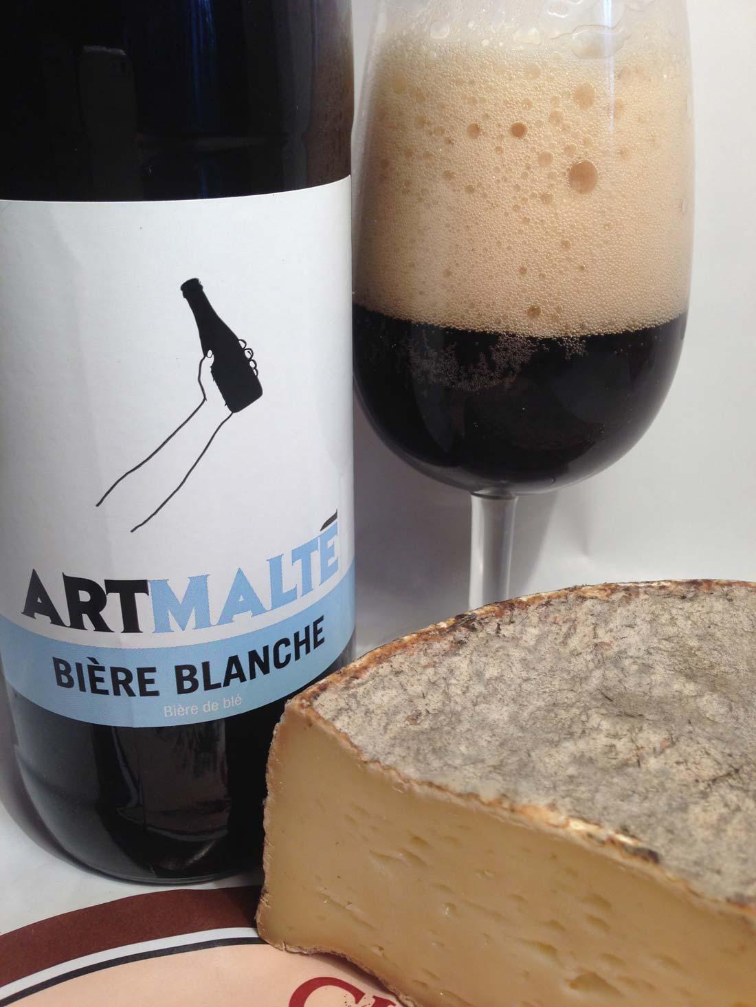 Bière blanche noire Artmalté et Tome de Haute Savoie
