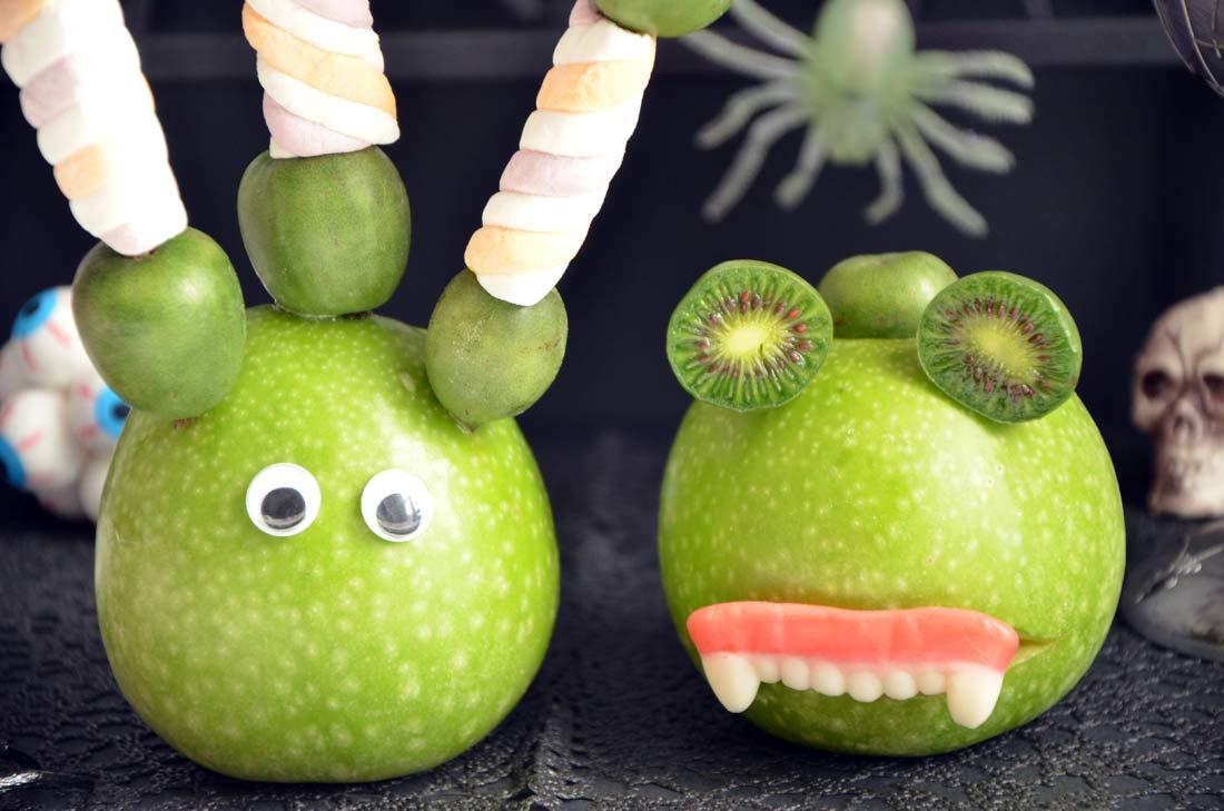 Monstres d'halloween granny et Baby kiwi nergi
