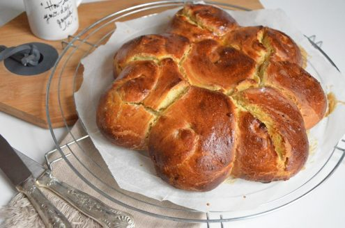 Roses de pain moelleux safran et huile d'olive