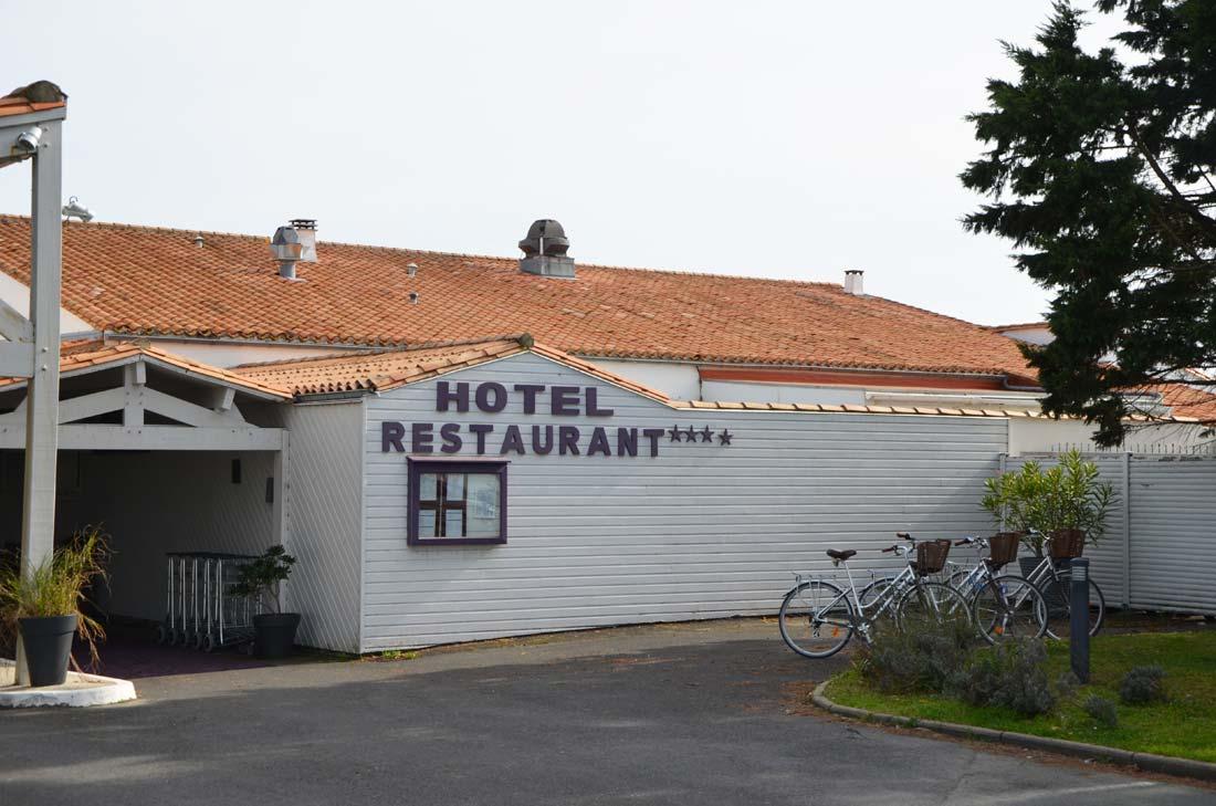 entrée hôtel atalante, balade à l'ile de Ré