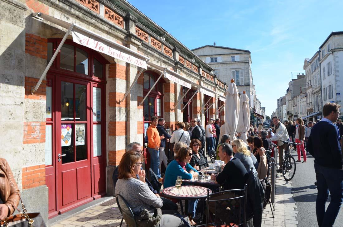 extérieur du marché couvert de La Rochelle