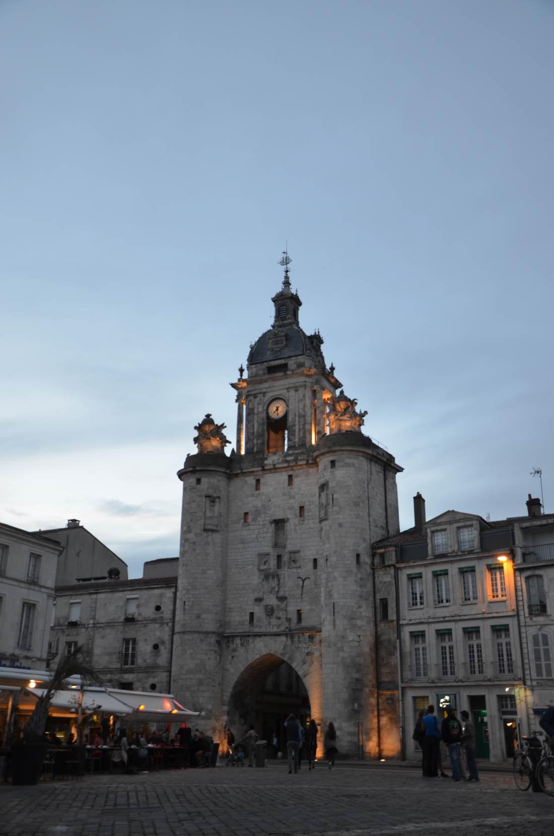 place de l'horloge à la Rochelle