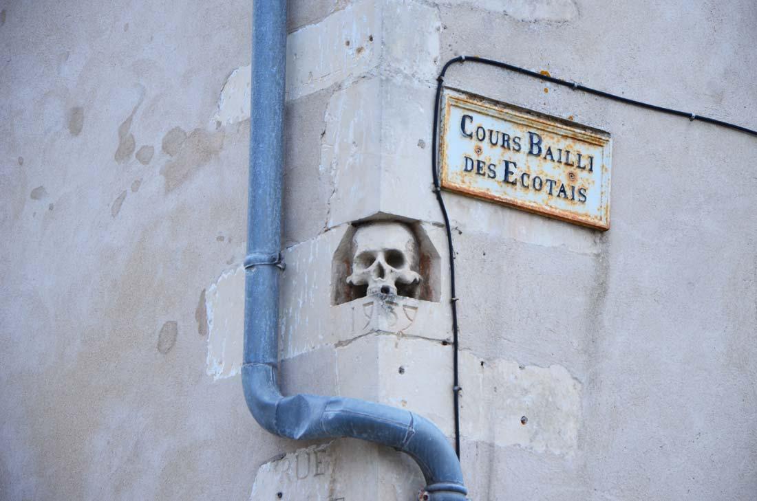 détails mur Saint-Martin en Ré
