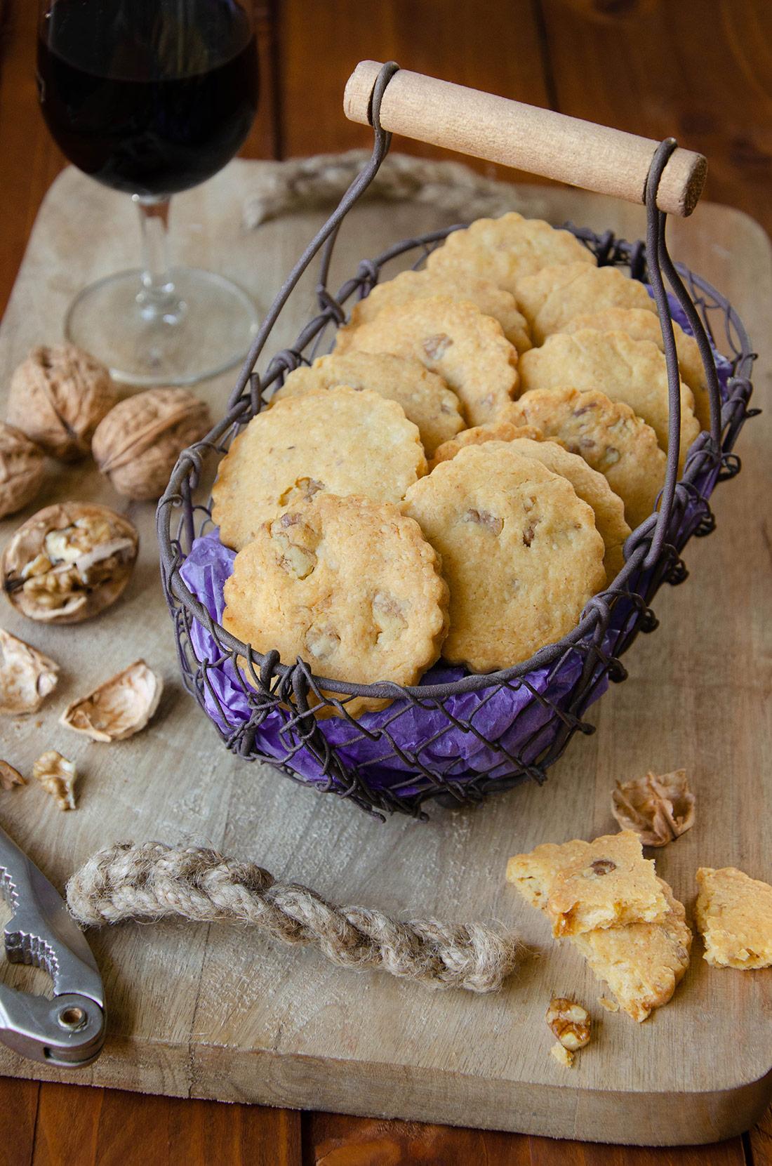 Sablés cheddar et noix pour un apéro maison