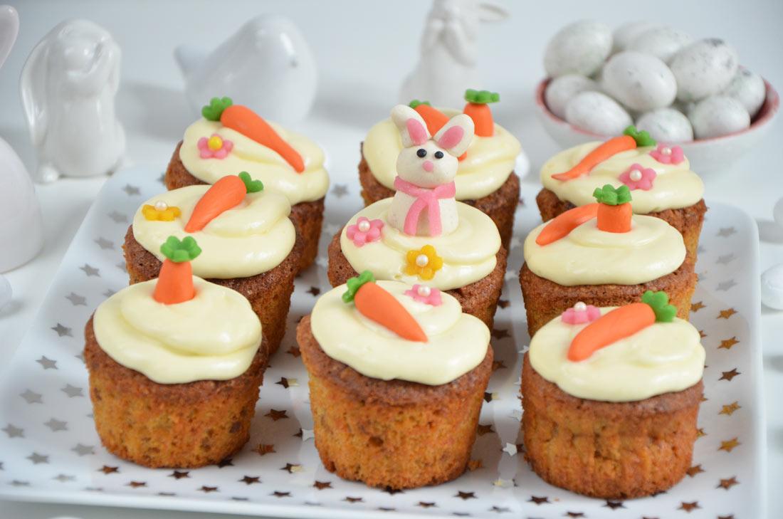 carrot cupcakes de p ques ou cupcakes la carotte. Black Bedroom Furniture Sets. Home Design Ideas