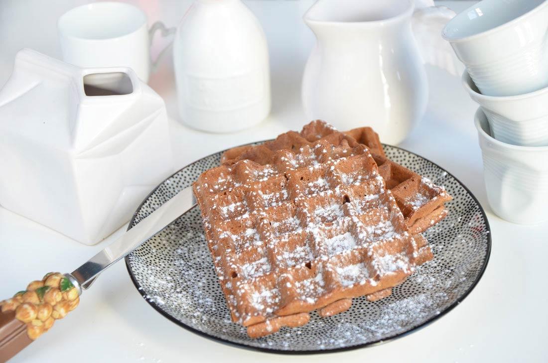 délicieuses gaufres de Bruxelles au cacao