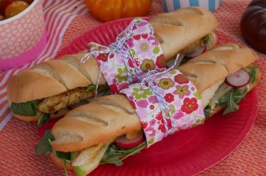 Sandwich poulet au cari et fenouil
