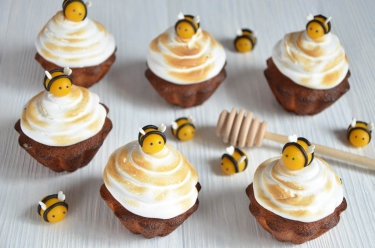 Ruches au miel et abeilles