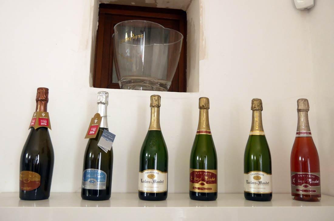 bouteilles de champagne Leclerc Mondet