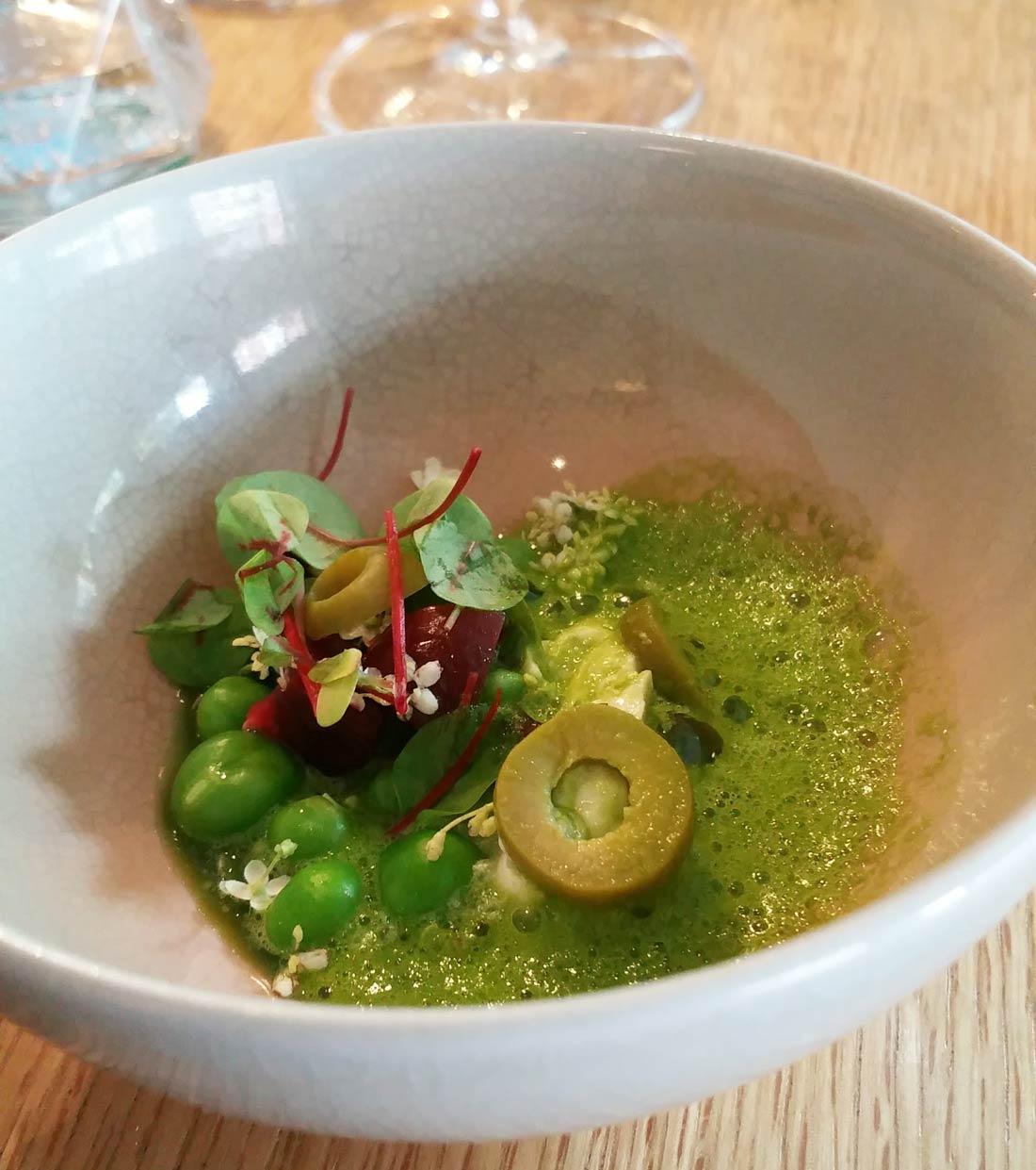 mise en bouche petits pois olives de Yoni Saada