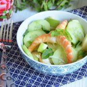 salade crevettes pomme concombre menthe