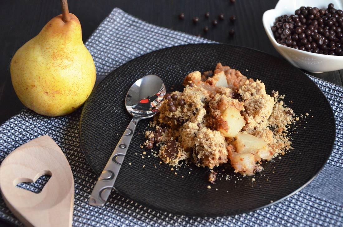 Crumble poire chocolat farine de châtaigne